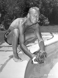 Alan Ladd Playing with a Dog in the Pool in Black and White Portrait Photo by  Movie Star News