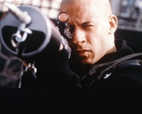 Vin Diesel Aiming Harpoon Gun in XXX Movie Foto di  Movie Star News