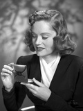Alexis Smith Looking in a Small Mirror Photo by  Movie Star News
