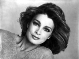 Anne Archer Portrait posed in Black and White Portrait Photo by  Movie Star News