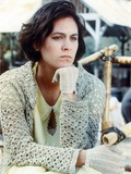 Annabeth Gish Leaning Looking Side Ways Photo by  Movie Star News