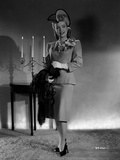 Gloria DeHaven posed in Formal Outfit With Scarf On Her Hand Photo by  Movie Star News