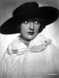 Bebe Daniels Portrait in Black Brim Hat and White Linen Dress Photo by  Movie Star News