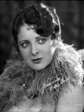 Billie Dove wearing Feather Dress Portrait Photo by  Movie Star News