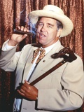 Beau Bridges in Suit with Hat Photo by  Movie Star News
