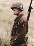 Damian Lewis wearing a Soldier with a Rifle Photo by  Movie Star News