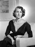 Frances Dee posed in Sexy Black Long Sleeves in Black and White Photo by  Movie Star News