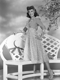 Dinah Shore Posed in Classic Photo by  Movie Star News
