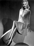 Carole Landis in a Long Sleeve Dress Photo by  Movie Star News