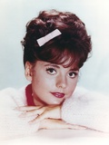 Dawn Wells smiling in White Sweater Photo by  Movie Star News
