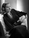 Ella Raines on a Long Sleeve Top sitting and Leaning Photo by  Movie Star News