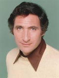 Judd Hirsch Wearing a White Sweater in a Close Up Portrait Photo by  Movie Star News