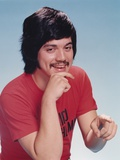 Freddie Prinze in Red T-Shirt Photo by  Movie Star News