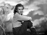 Gale Storm Seated in Long Sleeves Photo af Movie Star News