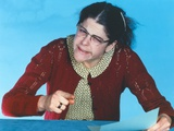 Gilda Radner Pointing Paper in Granny Outfit with Eye Glass Photo by  Movie Star News
