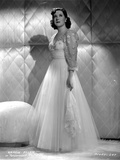 Gracie Allen in White Gown Side View Portrait Photo by  Movie Star News