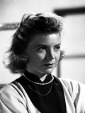 Dorothy McGuire Looking Away Portrait Photo by  Movie Star News