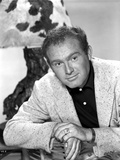 Gene Evans Leaning in Black polo shirt Photo by  Movie Star News