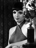 Liza Minnelli Posed in Sweater Classic Portrait Photo by  Movie Star News