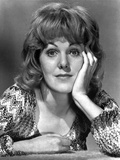 Lynn Redgrave Head Leaning on Hand in Classic Portrait Photo by  Movie Star News