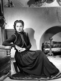 Martha Hyer on Dark Long Sleeve Gown and sitting Photo by  Movie Star News