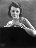 Janet Gaynor Leaning on a Couch Portrait Photo by  Movie Star News