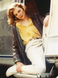 Kim Cattrall Posed in Yellow Blouse Photo by  Movie Star News