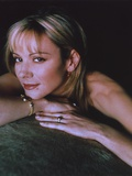 Kim Cattrall Leaning in Black Background Photo by  Movie Star News