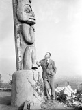 John Barrymore Leaning on Statue Photo by  Movie Star News