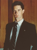 Kyle MacLachlan standing in Tuxedo Portrait Photo by  Movie Star News