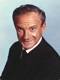 Lost In Space Old Man in Black Suit and Tie Photographie par  Movie Star News
