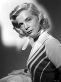 Lizabeth Scott Portrait in Classic with Scarf on Neck Photo by  Movie Star News
