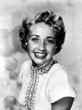 Jane Powell Portrait in White Knitted Short Sleeve Dress with Beaded Collar and Neckline Photo by  Movie Star News