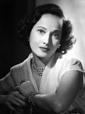 Merle Oberon on a Lace Top and Leaning Photo by  Movie Star News