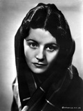 Margaret Lockwood Scarf on Head Portrait Photo by  Movie Star News