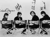 Monkees in Black With White Background 写真 :  Movie Star News