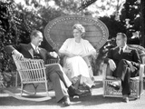 John Barrymore sitting on a Chair with Two Other Friends Photo by  Movie Star News