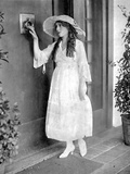 Mary Pickford on a Dress and hat Photo by  Movie Star News