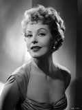 Portrait of Arlene Dahl posed in Side Ways Photo by  Movie Star News