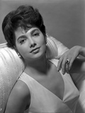 Suzanne Pleshette in a White Dress with Pearl Necklace Photo by  Movie Star News