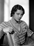 Sylvia Sidney sitting on Couch in Printed Knitted Sweater Photo by  Movie Star News
