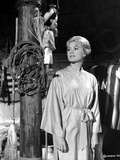 Shirley Jones Posed in Butterfly Long Sleeve Silk Robe Photo by  Movie Star News