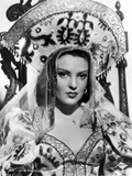 Linda Darnell posed wearing Queen Outfit in Black and White Photo by  Movie Star News