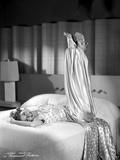 Mary Martin on a Printed and Silk Dress Photo av  Movie Star News