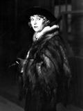 Pearl White Posed Cast Member wearing Fur Coat Portrait Photo by  Movie Star News