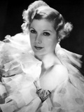 Lilyan Tashman posed in White Gown with Black Background Photo by  Movie Star News
