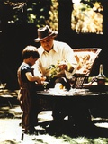 Marlon Brando with Grandson Movie Still from The Godfather Foto von  Movie Star News