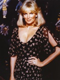 Linda Evans Posed in Black Dress Photo by  Movie Star News