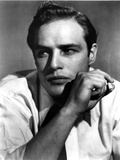 Marlon-B Brando Close Up Portrait Smoking in White Sleeves Photo by  Movie Star News