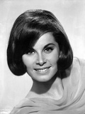 Stefanie Powers smiling in Black and White Close Up Portrait wearing Silk Dress Photo af Movie Star News
